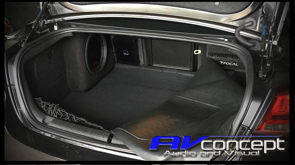 VF Commdore Stereo Subwoofer Solution