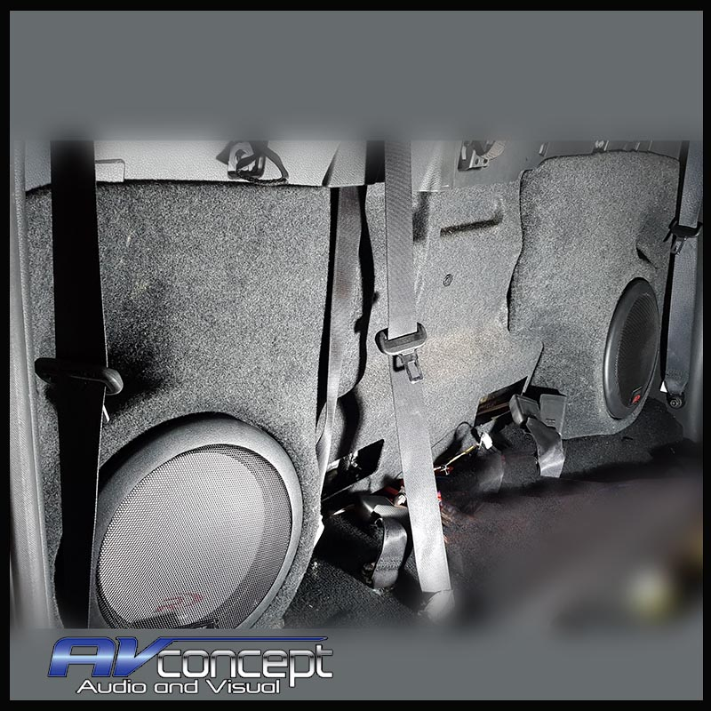 Nissan NP300 compatible stereo